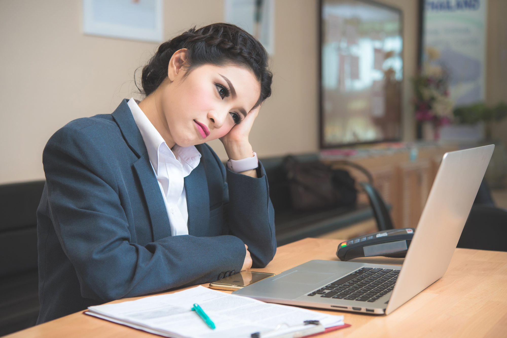 Workplace Distractions: Social Media & the Internet